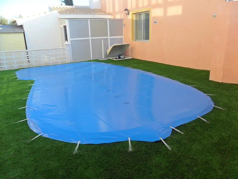 Lonas para tapar placas solares best persianas para - Climatizar piscina exterior ...